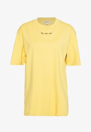 TORI TEE - T-shirt imprimé - yellow