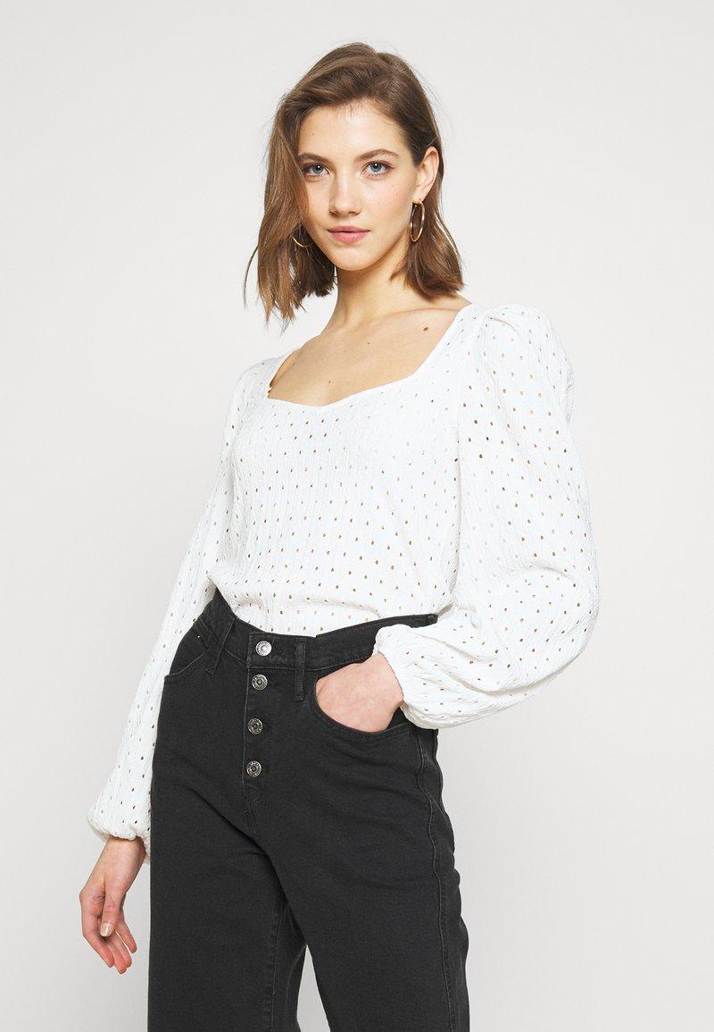 Monki - VIBEKE - Long sleeved top - white