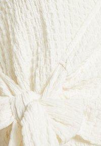 Monki - TEODORA - T-shirt con stampa - white light - 2
