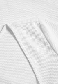 Monki - ALBA  - Langarmshirt - white light - 2