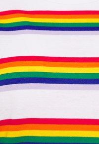 Monki - SARA TEE 2 PACK - T-shirt print - white light - 5