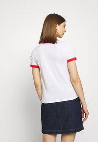 Monki - SARA TEE 2 PACK - T-shirt print - white light - 2