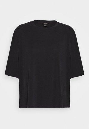 DORA - T-shirts - black
