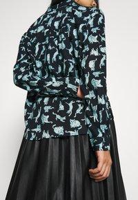 Monki - NADINA BLOUSE - Button-down blouse - dark blue - 3