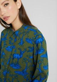 Monki - NADINA BLOUSE - Button-down blouse - blue - 3