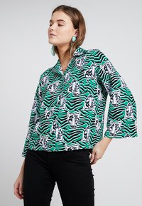 Monki - ANNELIE BLOUSE - Button-down blouse - green/black - 0