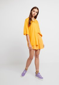Monki - BERTA BLOUSE - Košile - orange - 1