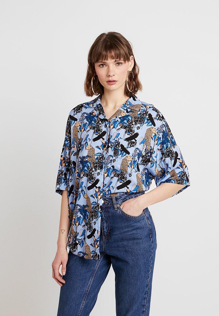 Monki - BERTA BLOUSE - Camicia - blue