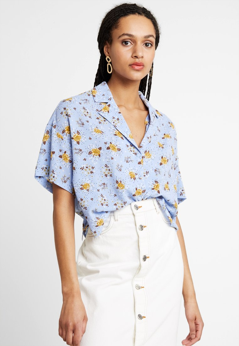 Monki - RITA BLOUSE - Camicia - blue
