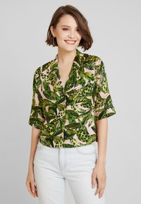 Monki - BONNY BLOUSE - Button-down blouse - newfoliage - 0