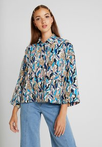Monki - CATY BLOUSE - Button-down blouse - white - 0