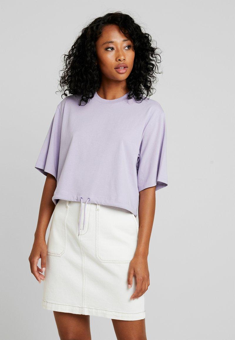 Monki - ABELA - T-Shirt basic - purple