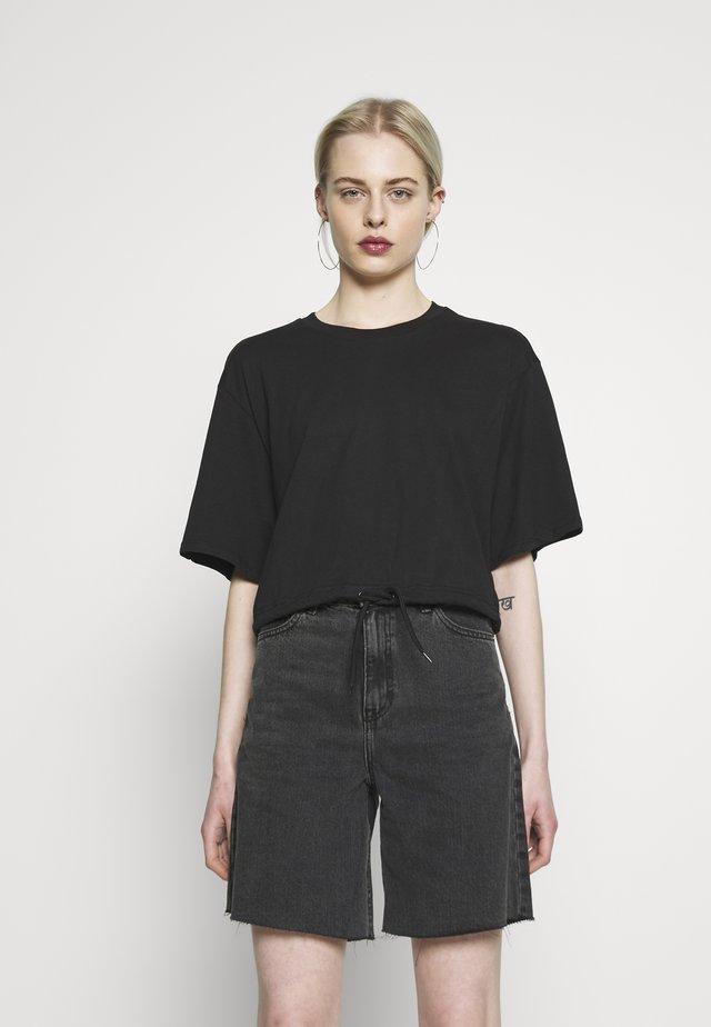 ABELA - Basic T-shirt - black dark