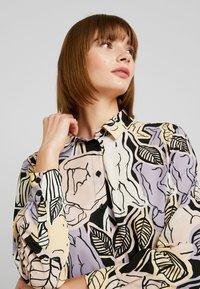 Monki - ASTRID BLOUSE - Button-down blouse - lilac - 4