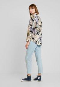 Monki - ASTRID BLOUSE - Button-down blouse - lilac - 2