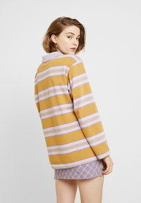 Monki - COMMON - Blouse - purple/beige - 2