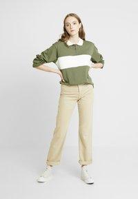 Monki - COMMON - Bluzka - green/white stripe - 1