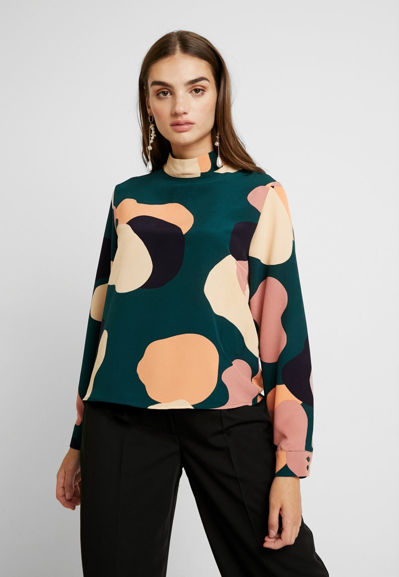 Monki - ISOLDE BLOUSE - Bluser - green