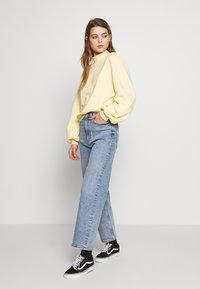 Monki - Sweatshirt - yellow light - 1