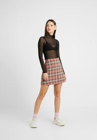 Monki - JAVA - Maglietta a manica lunga - chain black - 1