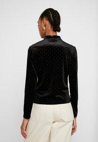 Monki - PIRA - Bluzka z długim rękawem - black/silver - 2