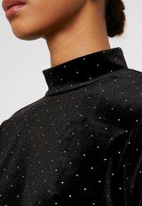 Monki - PIRA - Bluzka z długim rękawem - black/silver - 5