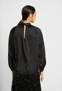 Monki - SILLY BLOUSE - Bluser - black - 2