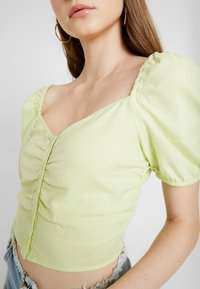 Monki - NIC BLOUSE - Blusa - light green - 4