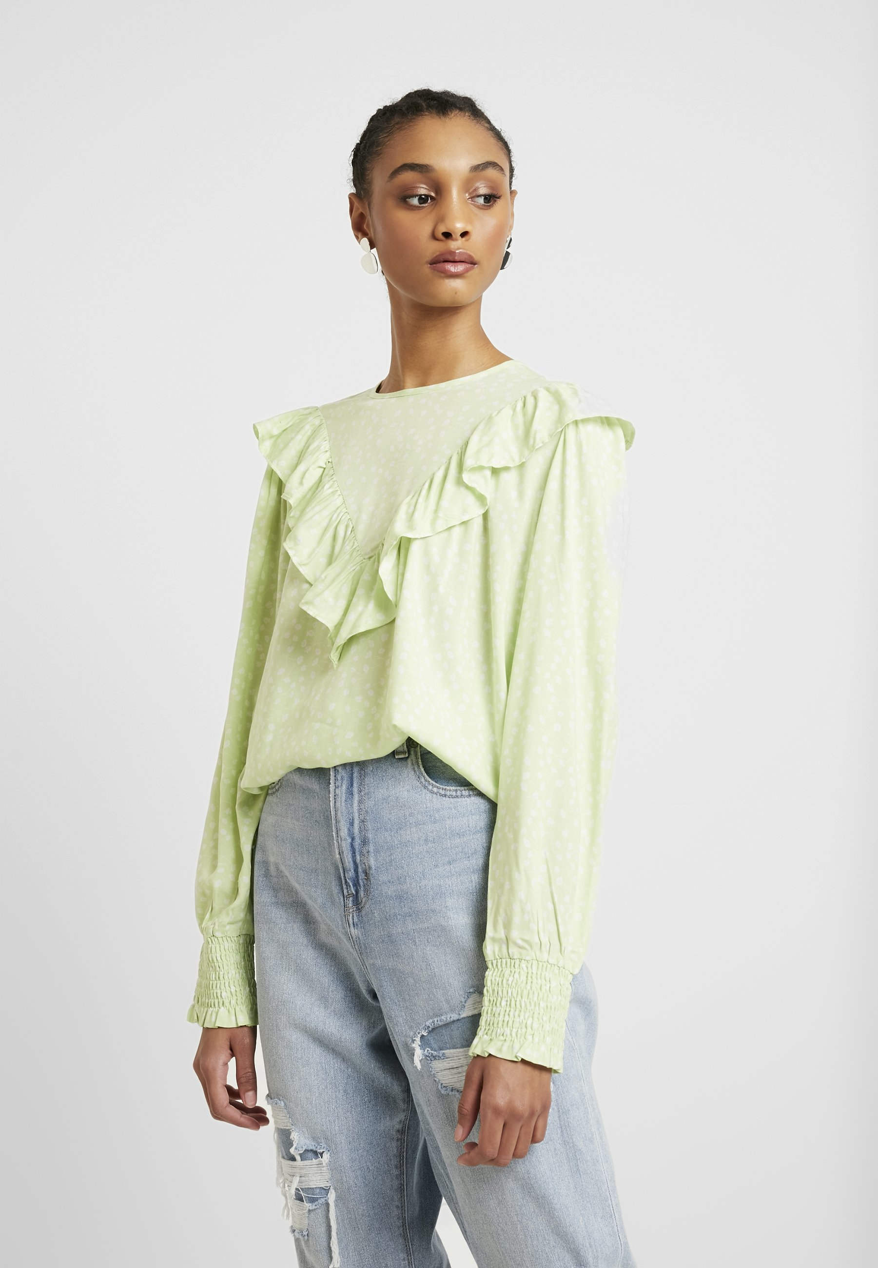 Monki ZARAH BLOUSE - Bluzka - light green/white