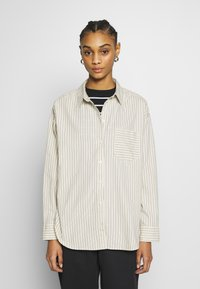 Monki - MEJA  - Skjorte - white dusty light - 0