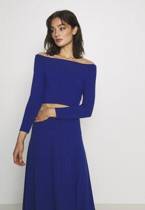 KIRA - Langærmede T-shirts - blue