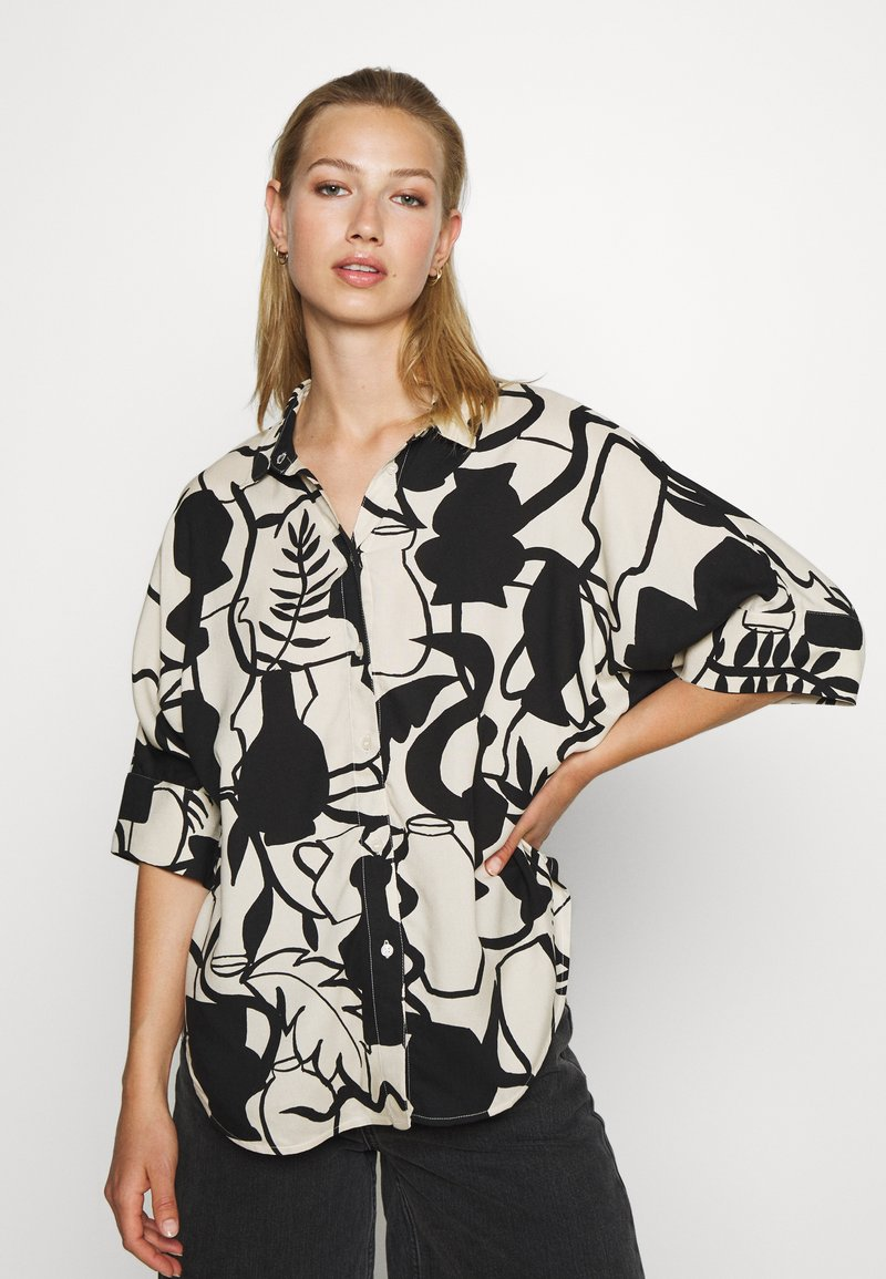 Monki - LUCA BLOUSE - Button-down blouse - beige