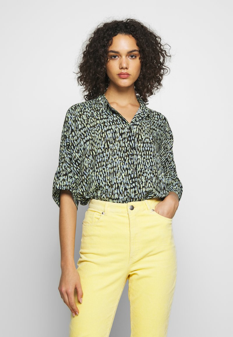 Monki - LUCA BLOUSE - Košile - black
