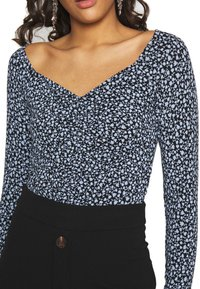 Monki - MONIKA TOP - Longsleeve - black littlefloral.blue - 5