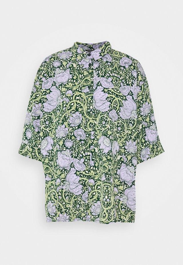 TAMRA BLOUSE - Button-down blouse - green ellisflower
