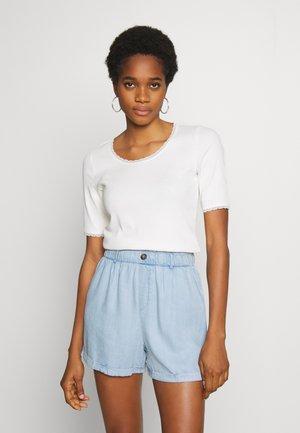 MILLAN - T-shirts - white