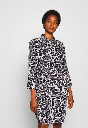 MOA RAGLAN SHIRTDRESS - Košilové šaty - white dusty light/crayon/lilac
