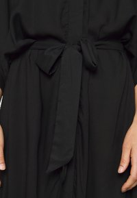 Monki - CARRO KAFTAN - Robe chemise - black dark - 6