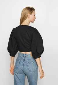 Monki - SOLA BLOUSE - Blouse - black dark unqiue - 2