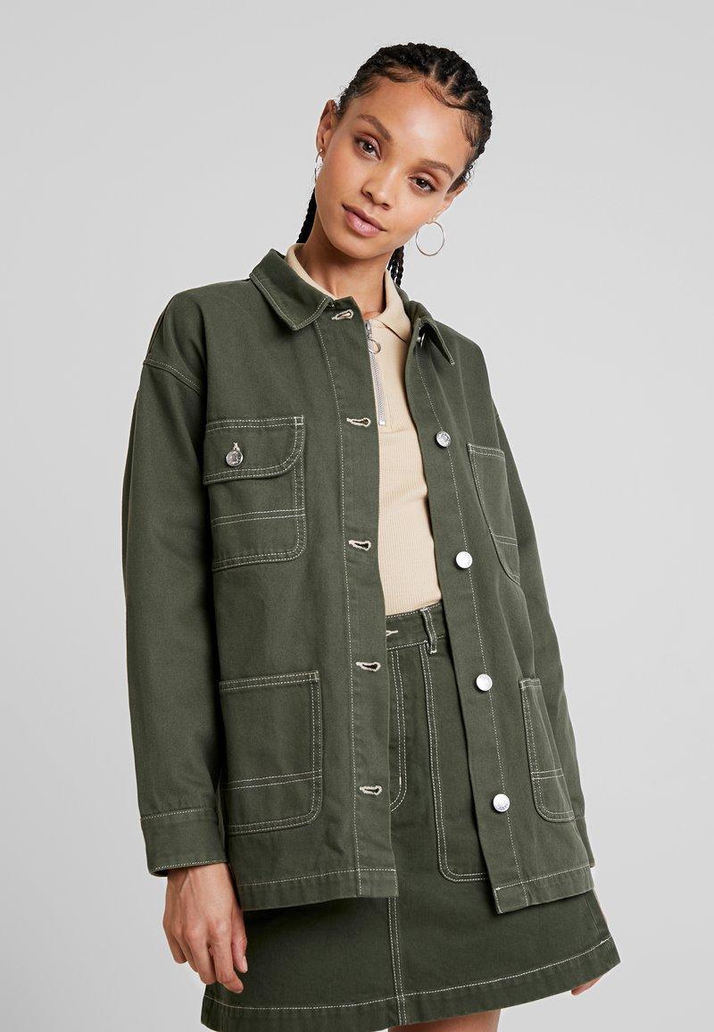 Monki - RONJA - Short coat - dark green/white