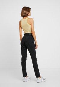 Monki - KIMOMO CLASSIC - Jeans straight leg - black - 2