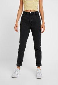 Monki - KIMOMO CLASSIC - Jeans straight leg - black - 0
