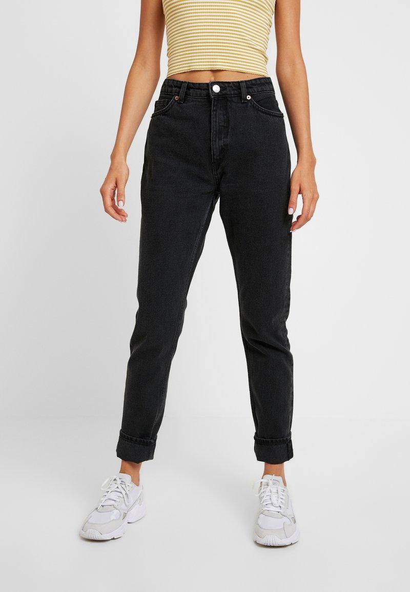 Monki - KIMOMO CLASSIC - Jeans straight leg - black
