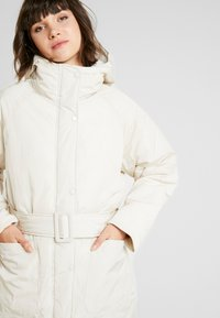 Monki - REMI - Cappotto invernale - white dusty light - 3