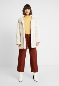 Monki - REMI - Cappotto invernale - white dusty light - 1