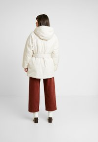 Monki - REMI - Cappotto invernale - white dusty light - 2