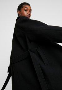Monki - ARELIA COAT - Manteau classique - black dark - 6