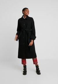 Monki - ARELIA COAT - Manteau classique - black dark - 0