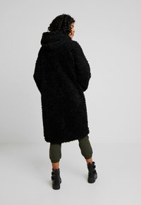 Monki - JINNA - Winterjas - black dark