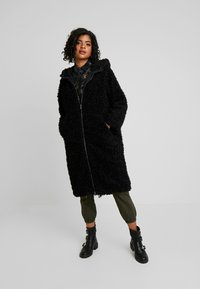 Monki - JINNA - Winter coat - black dark - 1